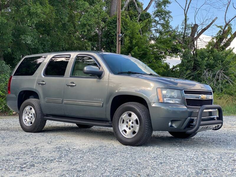 2011 Chevrolet Tahoe for sale at Charlie's Used Cars in Thomasville NC