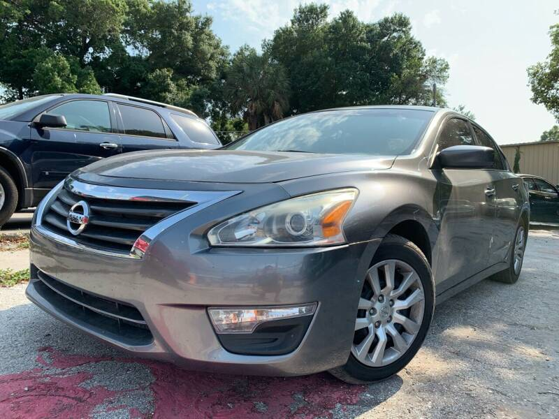 2015 Nissan Altima for sale at Always Approved Autos in Tampa FL