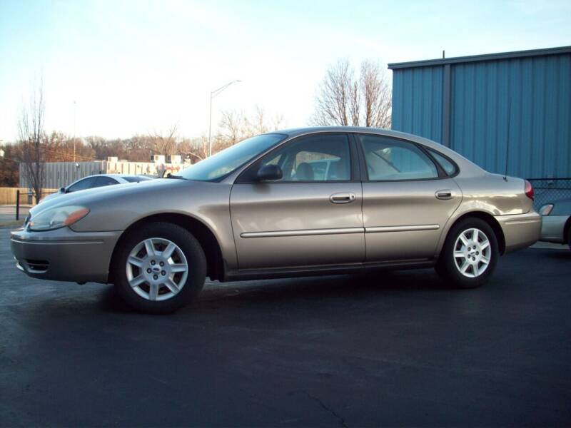 2007 Ford Taurus for sale at Whitney Motor CO in Merriam KS
