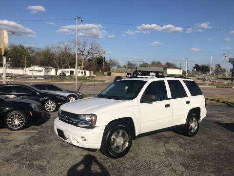 2006 Chevrolet TrailBlazer for sale at Patriot Auto Sales in Lawton OK