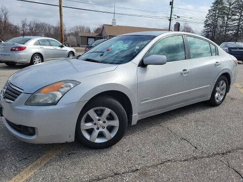 2008 Nissan Altima Hybrid for sale at J's Auto Exchange in Derry NH
