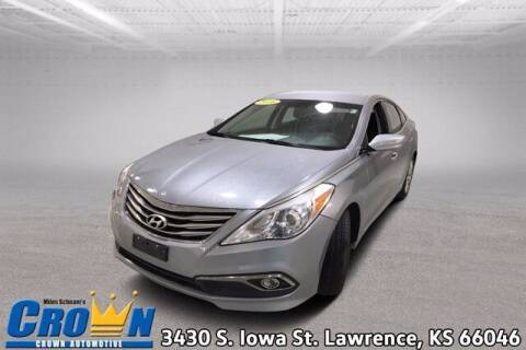 2016 Hyundai Azera for sale at Crown Automotive of Lawrence Kansas in Lawrence KS