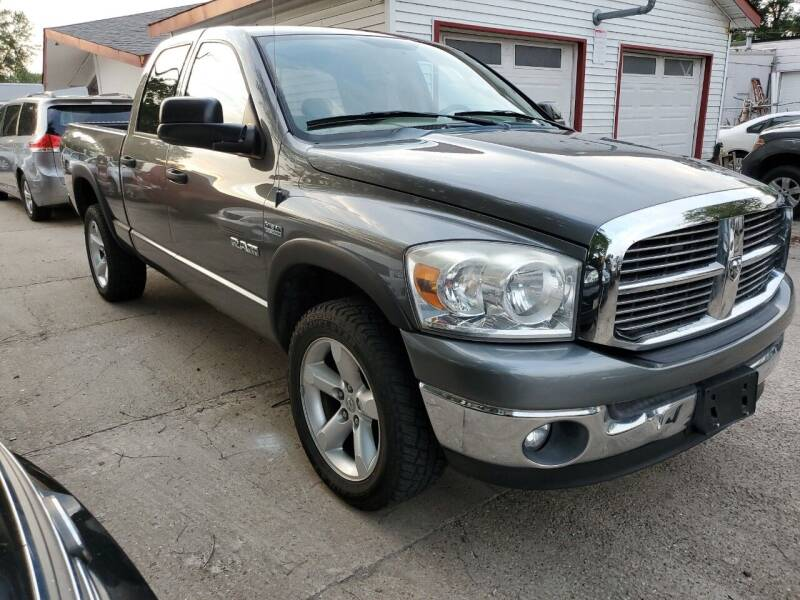2008 Dodge Ram Pickup 1500 for sale at Best Deal Motors in Saint Charles MO