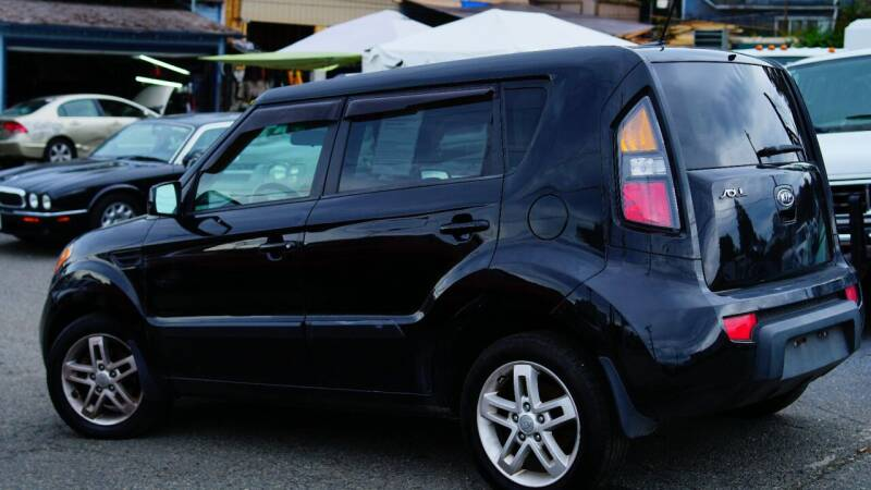 2011 Kia Soul + 4dr Crossover 4A - Seattle WA