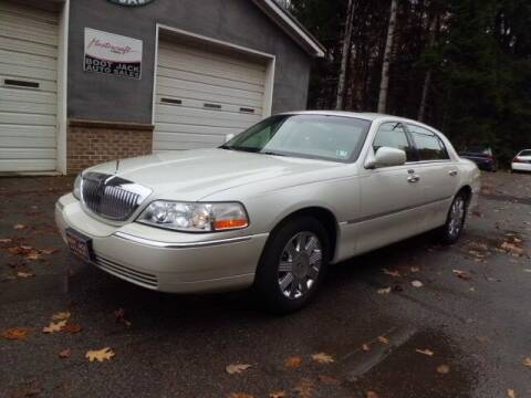 2004 Lincoln Town Car for sale at Boot Jack Auto Sales in Ridgway PA