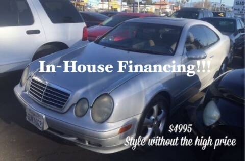 2002 Mercedes-Benz CLK for sale at Sidney Auto Sales in Downey CA