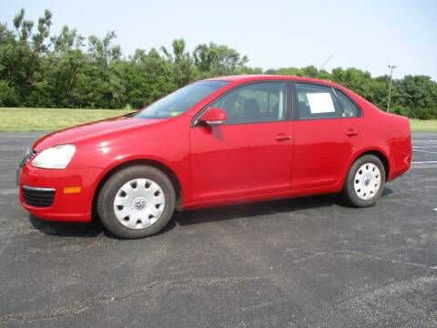 2007 Volkswagen Jetta for sale at Crossroads Used Cars Inc. in Tremont IL
