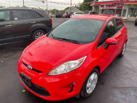 2013 Ford Fiesta for sale at Right Place Auto Sales in Indianapolis IN