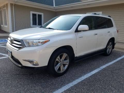 2011 Toyota Highlander for sale at Capital Fleet  & Remarketing  Auto Finance in Columbia Heights MN