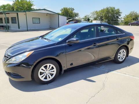 2013 Hyundai Sonata for sale at Yates Brothers Motor Company in Fort Worth TX
