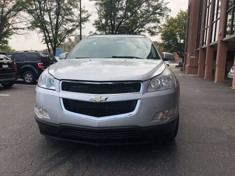 2012 Chevrolet Traverse for sale at Modern Auto in Denver CO
