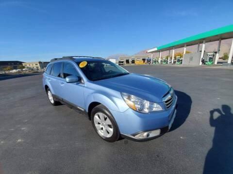 2010 Subaru Outback for sale at FRESH TREAD AUTO LLC in Springville UT