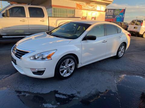 2014 Nissan Altima for sale at All American Autos in Kingsport TN