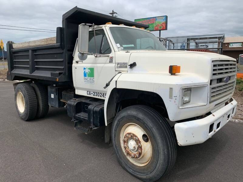 1991 Ford F-800 for sale at DirtWorx Equipment - Trucks in Woodland WA