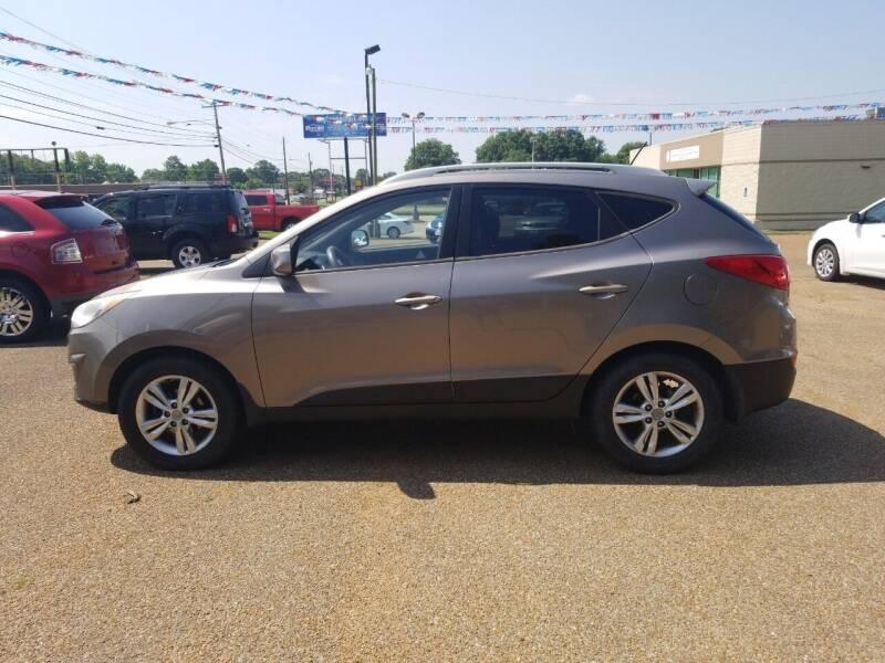 2011 Hyundai Tucson for sale at Frontline Auto Sales in Martin TN