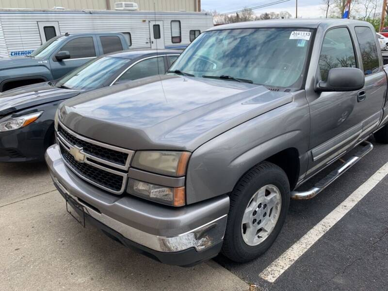 2007 Chevrolet Silverado 1500 Classic for sale at Used Car Factory Sales & Service Troy in Troy OH
