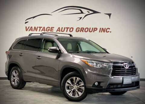 2015 Toyota Highlander for sale at Vantage Auto Group Inc in Fresno CA