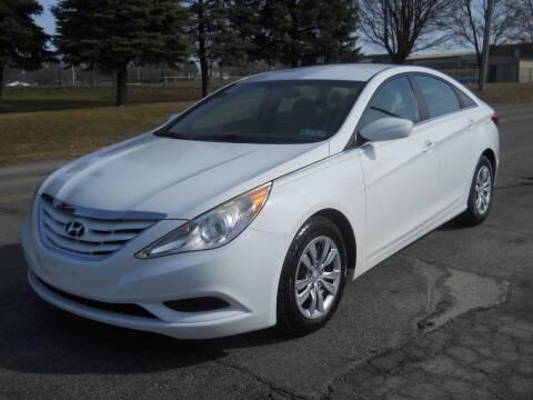 2011 Hyundai Sonata for sale at Hern Motors in Hubbard OH