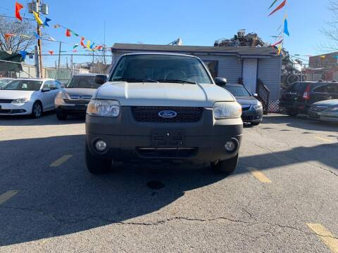 2006 Ford Escape for sale at Metro Auto Sales in Lawrence MA