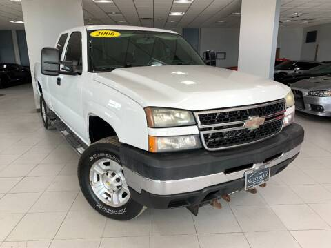 2006 Chevrolet Silverado 2500HD for sale at Auto Mall of Springfield in Springfield IL