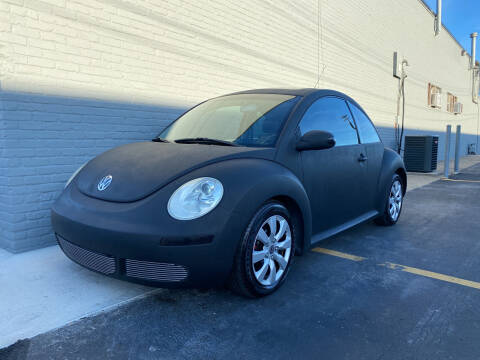 2006 Volkswagen New Beetle for sale at Abrams Automotive Inc in Cincinnati OH
