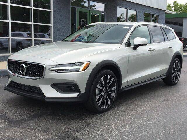2021 Volvo V60 Cross Country for sale in Cleveland, OH