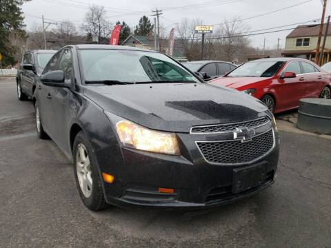 2014 Chevrolet Cruze for sale at Apple Auto Sales Inc in Camillus NY