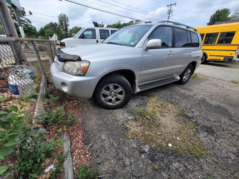 2004 Toyota Highlander for sale at Plum Auto Works Inc in Newburyport MA
