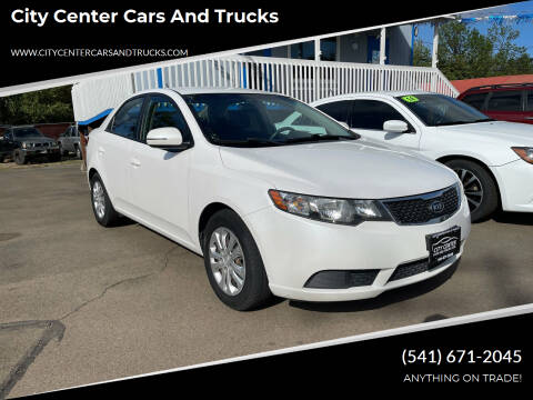 2013 Kia Forte for sale at City Center Cars and Trucks in Roseburg OR