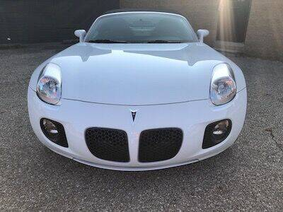 2008 Pontiac Solstice for sale at MICHAEL'S AUTO SALES in Mount Clemens MI
