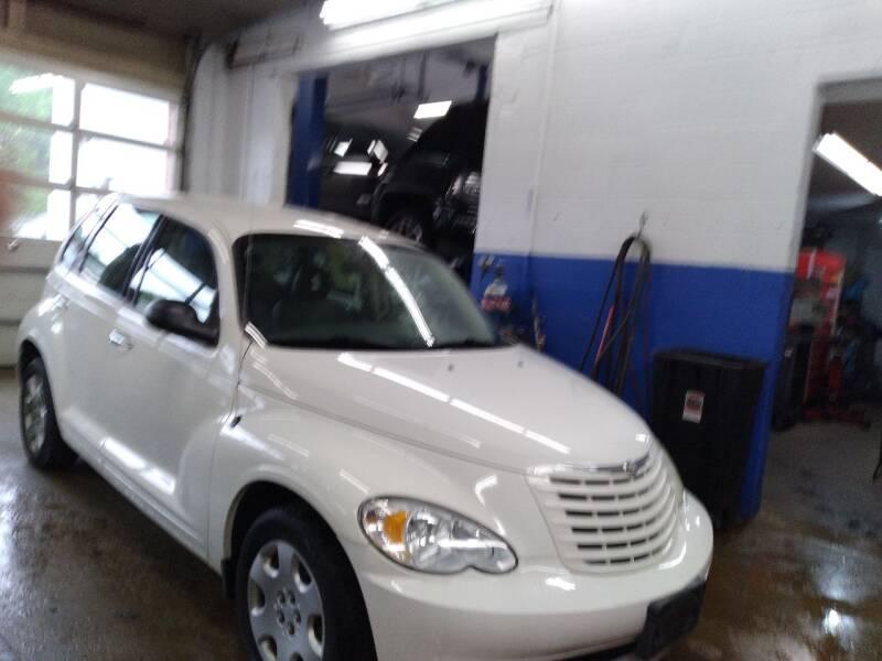 2009 Chrysler PT Cruiser for sale at Cammisa's Garage Inc in Shelton CT