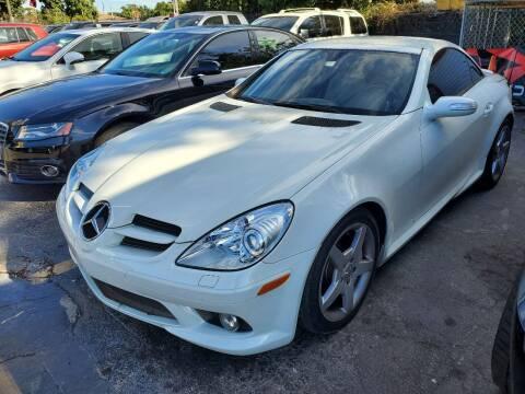 2007 Mercedes-Benz SLK for sale at America Auto Wholesale Inc in Miami FL