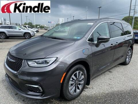 2021 Chrysler Pacifica Hybrid for sale at Kindle Auto Plaza in Middle Township NJ