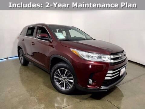 2019 Toyota Highlander for sale at Smart Motors in Madison WI