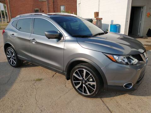 2017 Nissan Rogue Sport for sale at Apex Auto Sales in Coldwater KS