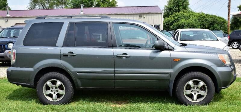 2007 Honda Pilot for sale at PINNACLE ROAD AUTOMOTIVE LLC in Moraine OH