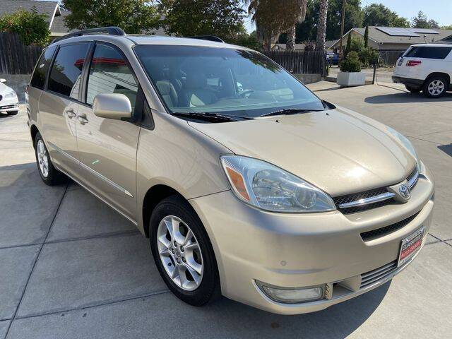 2004 Toyota Sienna for sale at Guarantee Auto Group in Atascadero CA