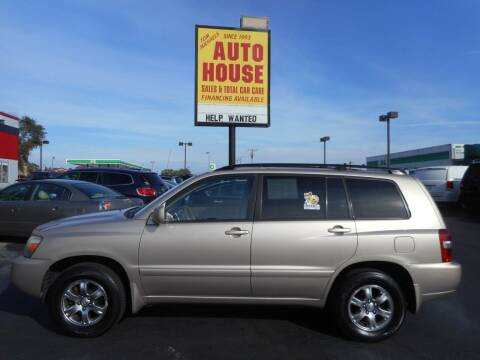 2004 Toyota Highlander for sale at AUTO HOUSE WAUKESHA in Waukesha WI