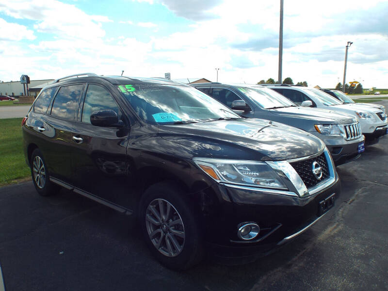 2015 Nissan Pathfinder for sale at G & K Supreme in Canton SD