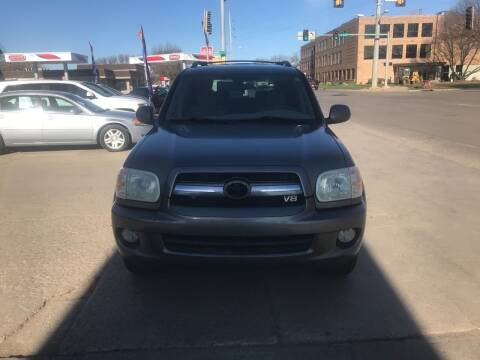 2006 Toyota Sequoia for sale at Mulder Auto Tire and Lube in Orange City IA