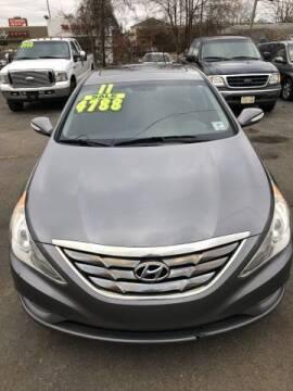 2011 Hyundai Sonata for sale at Mastro Motors in Garden City MI