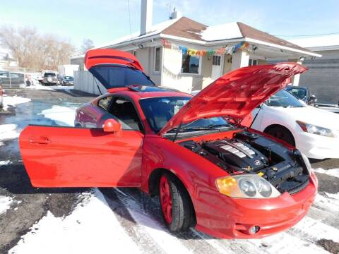 2004 Hyundai Tiburon for sale at Gold Star Auto Sales in Murry UT