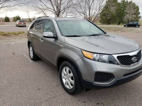 2013 Kia Sorento for sale at Red Rock's Autos in Denver CO