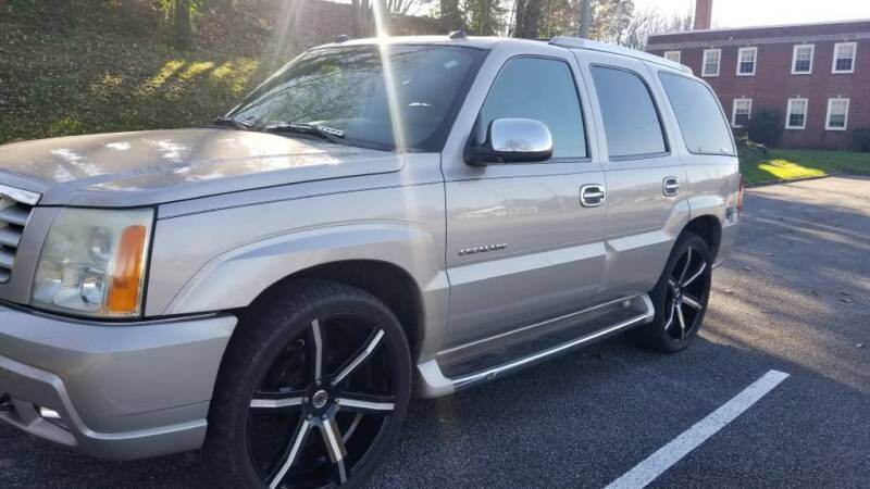 2004 Cadillac Escalade for sale at Thompson Auto Sales Inc in Knoxville TN