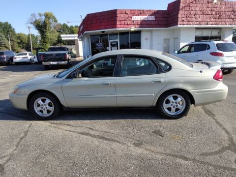 2004 Ford Taurus for sale at Savior Auto in Independence MO