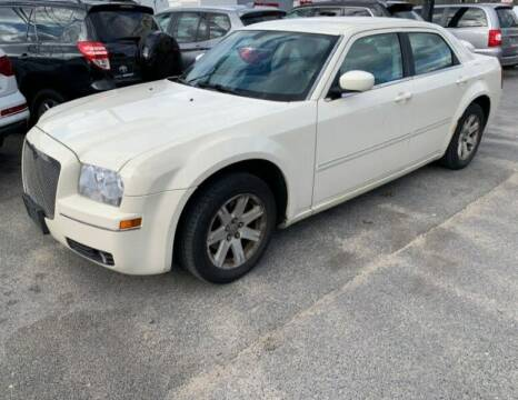 2006 Chrysler 300 for sale at JacksonvilleMotorMall.com in Jacksonville FL