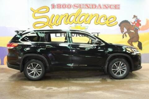 2017 Toyota Highlander Hybrid for sale at Sundance Chevrolet in Grand Ledge MI
