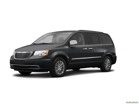 2014 Chrysler Town and Country for sale at BORGMAN OF HOLLAND LLC in Holland MI