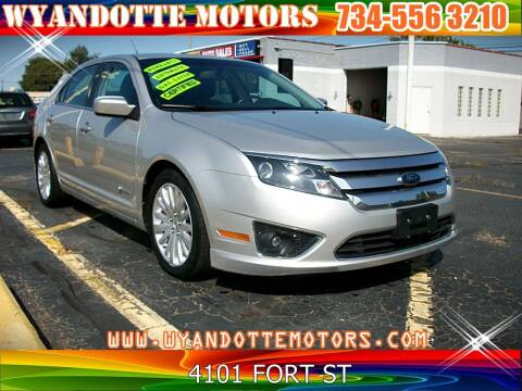 2010 Ford Fusion Hybrid for sale at Wyandotte Motors in Wyandotte MI