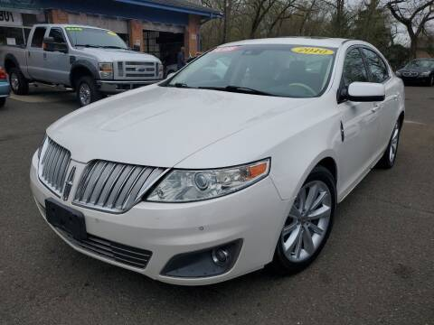 2010 Lincoln MKS for sale at CENTRAL AUTO GROUP in Raritan NJ